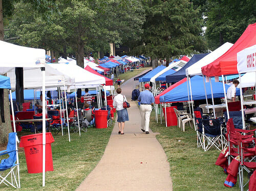 The Ole Miss Grove. Photo provided by Public Domain