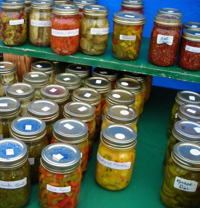 farmers_mkt_pickles&relishescropped