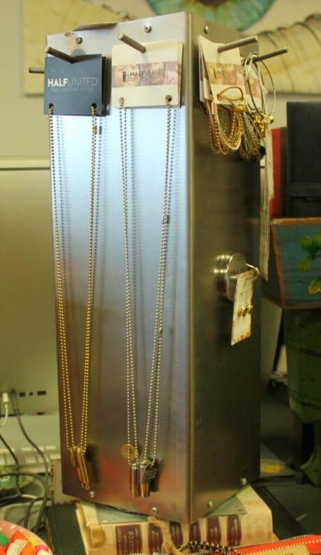 Half United gold necklaces  $38