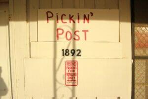 Cotton Pickin' Post