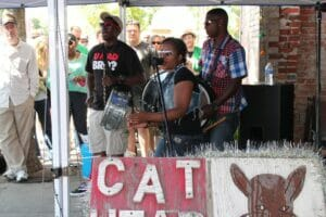 Sharde Thomas and her band performing at the 2013 Juke Joint Festival