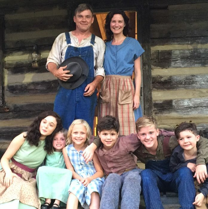 The cast who portray the immediate Parton family in the film 'Coat of Many Colors'
