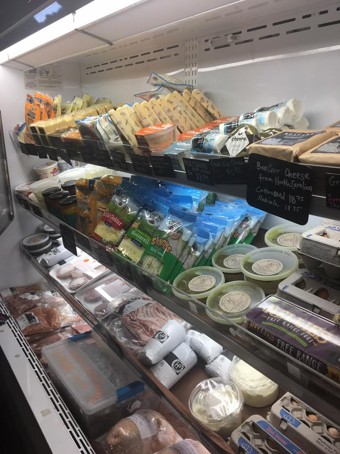 Chicory-market-shelves