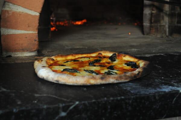 wood-fired pizza Tribecca Allie
